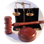 Gavel and golden scales of justice - Parente Borean LLP Barristers and Solicitors in Vaughan, Ontario